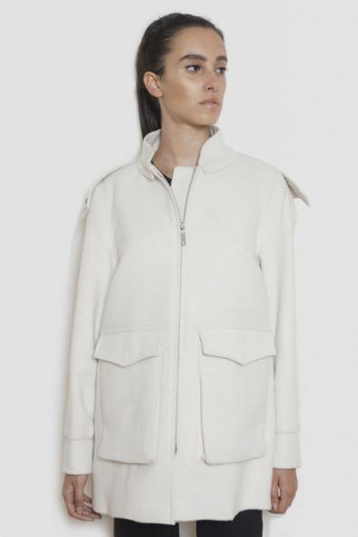 mercedes_alpaca_coat_parka_tailor_hand_made_women_winter_collection_style_fashion_warayana_creme