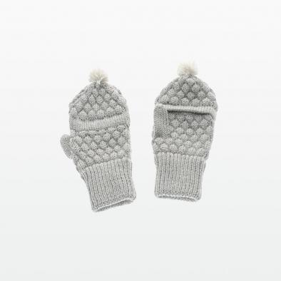 Pompom Gloves